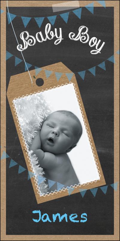 Feestelijk en trendy geboortekaartje' stoer door de schoolbord look en foto van de baby