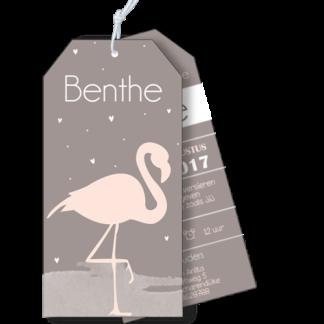 Geboortekaartje als label flamingo strand