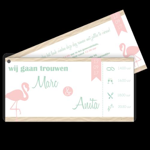 Trouwkaart als label zomers met flamingo en strand