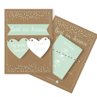 Trouwkaart met losse labels in mint, wit en kraft