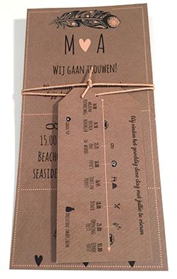 Trouwkaart met los label met tijdlijn kraft en zwart